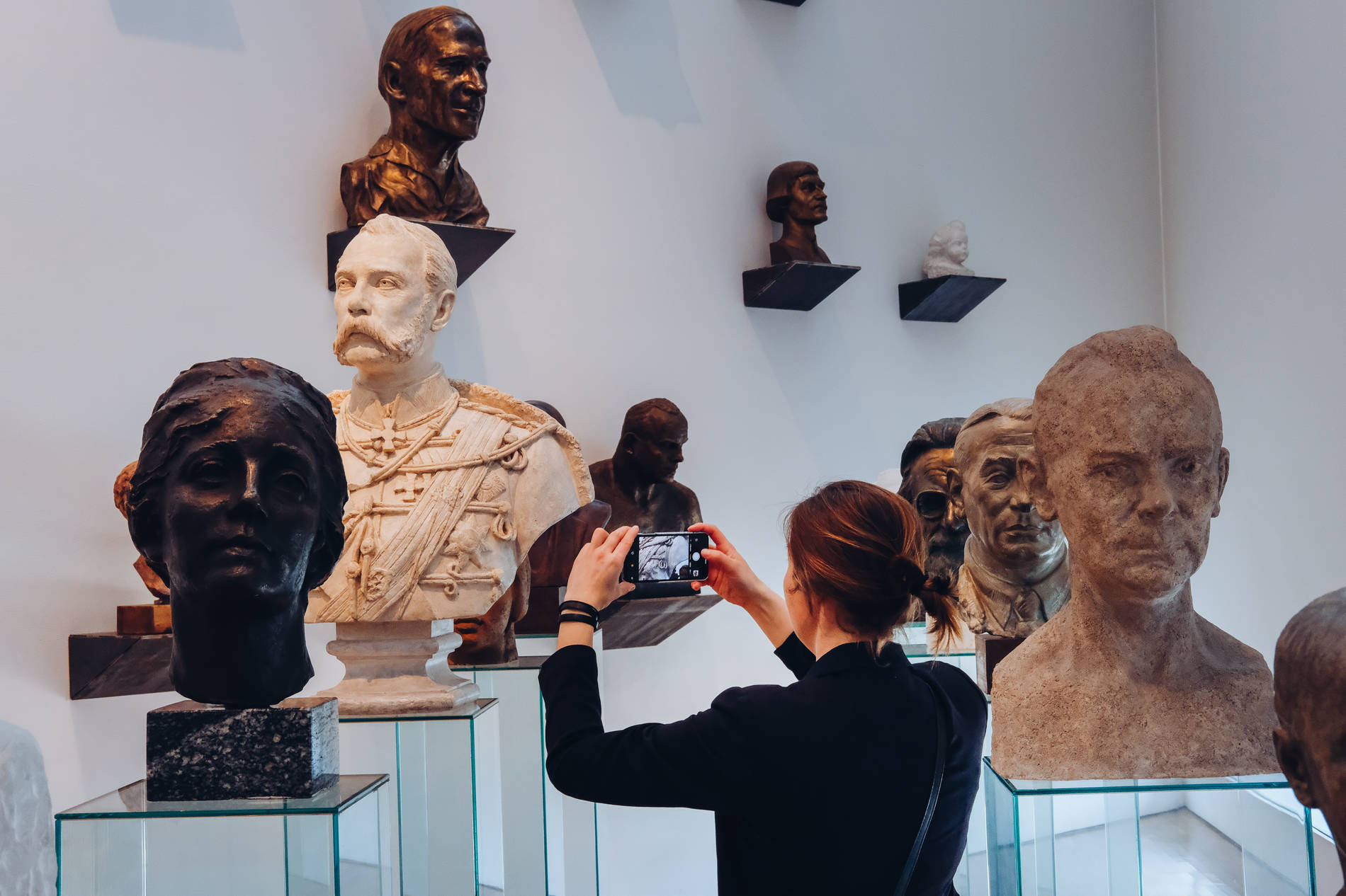 aking photos of sculptures in the KUMU Art Museum in Tallinn, Estonia. Photo by: Kadi-Liis Koppel