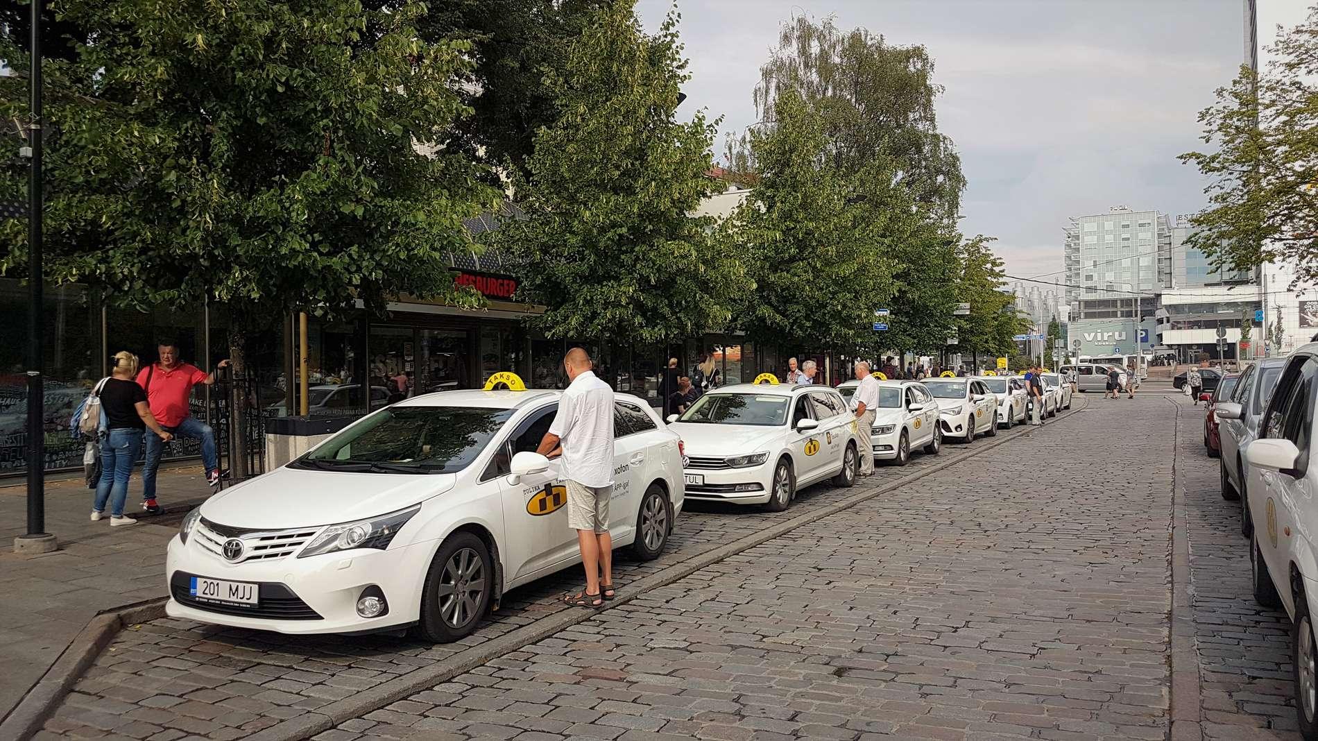 How to use taxis in Tallinn - VisitTallinn