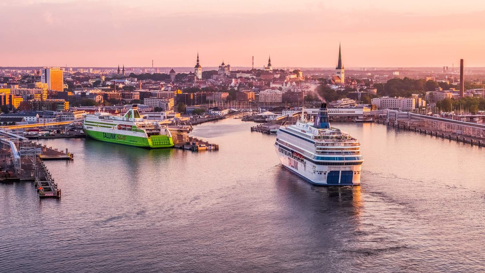 Tenet filming locations in Tallinn, Estonia: sunset on the bay and view of the port Photo: Kaupo Kalda