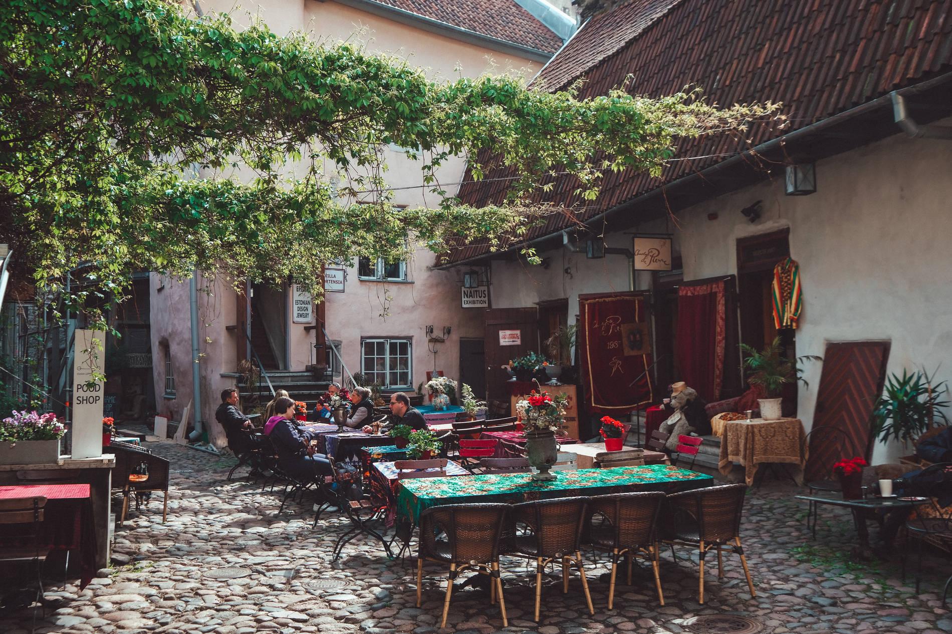 View of the Masters Courtyard in the Old Town of Tallinn, Estonia. Photo by: Kadi-Liis Koppel