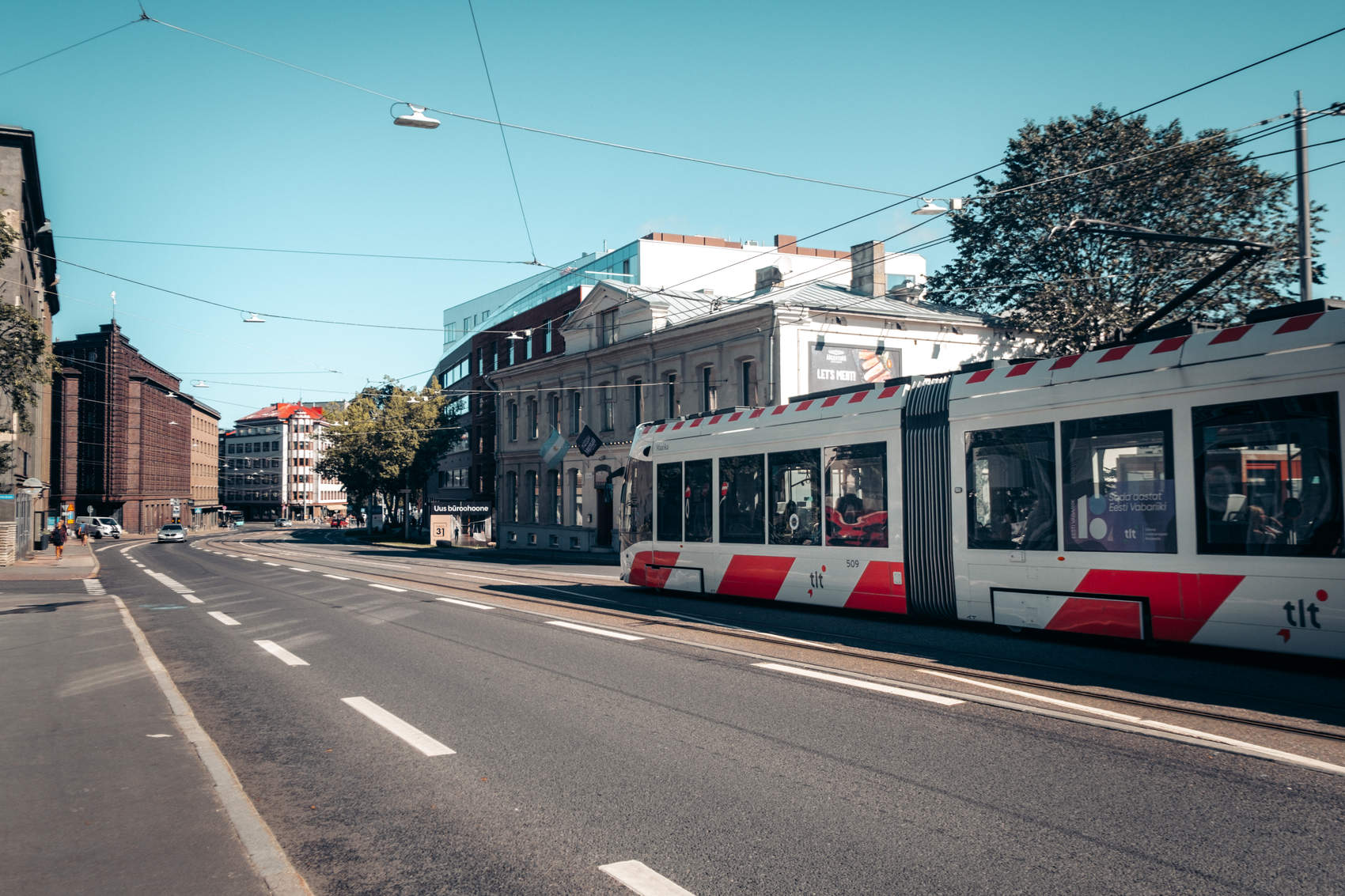 Tenet filming locations in Tallinn, Estonia: Pärnu maantee and the red-and-white tram in the city centre. Photo: Kadi-Liis Koppel